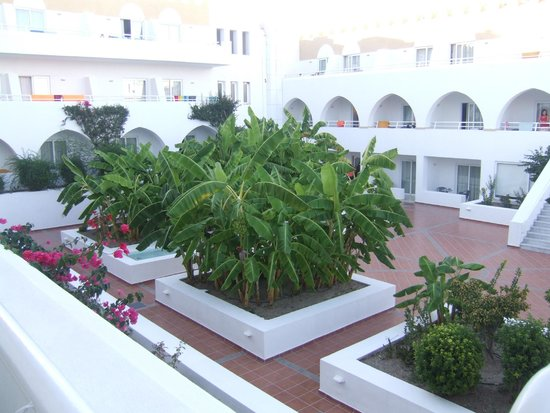 Platanista Hotel : Inner quadrangle