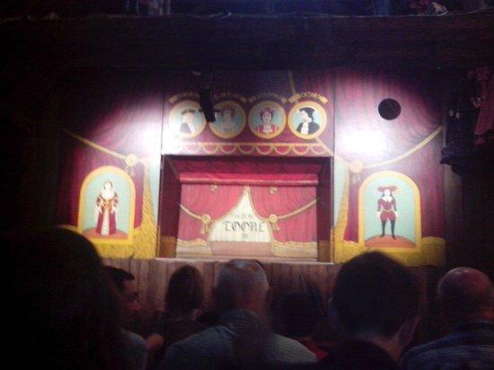 Royal Theatre Toone: Théatre Royal De Toone