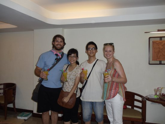 HanoiKids Tour: welcome drinks when we got back from the tour
