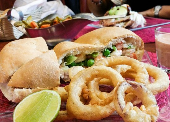 Nevados Restaurantes: Torta de Ensalda de Camarones con mayonesa,  un clásico que no debes perderte! !!