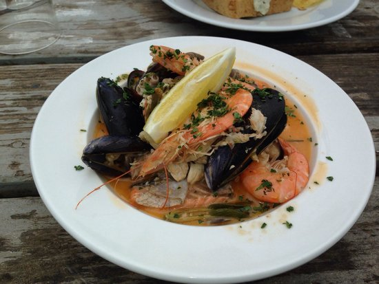 Beach House Cafe: Italian fish stew... Brilliant!!