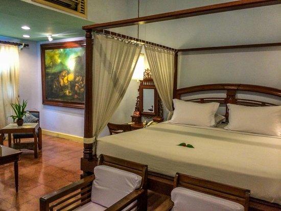 Hotel Tugu Blitar : bedroom