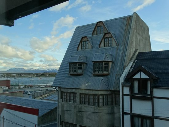 Hotel Canal Beagle: Vista lateral