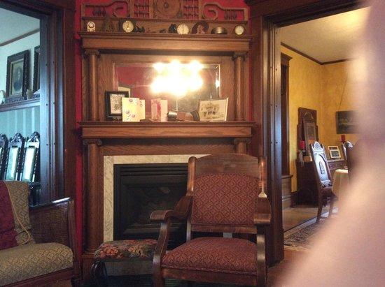 Lennox, SD: Fireplace