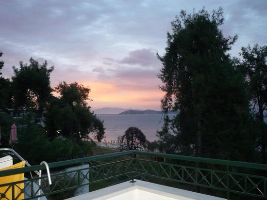 Villa Morfeas: The sunset view from Morfeas
