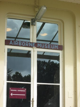 Airborne Museum Hartenstein: Entrance to  Airborne Museum August 2014