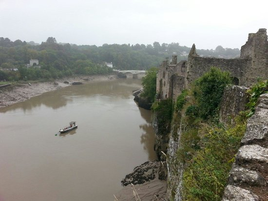 Chepstow Castle: On the river