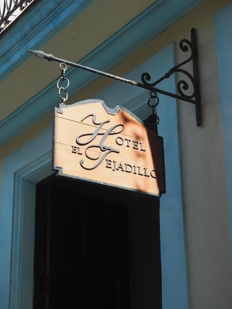 Hotel del Tejadillo: Calle Tejadillo - look for the sign out front