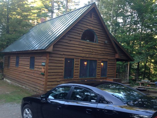 Maine Lakeside Cabins: moxie