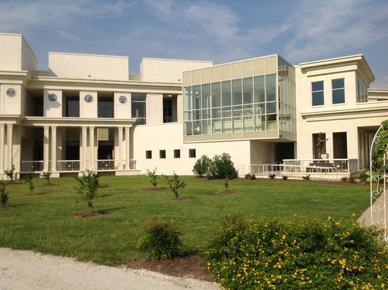 Beauvoir : Jefferson Davis Presidential Library and Museum