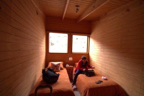 Hotel Posada de Farellones: Quarto minúsculo