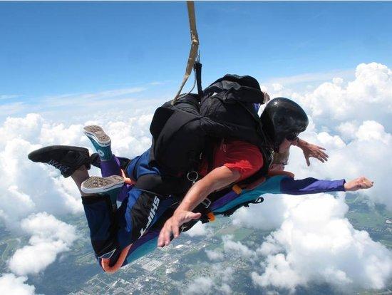Skydive City: Free Fallin' ... ツ