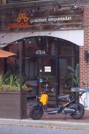 Panas Gourmet Empanadas: Hidden lunch spot