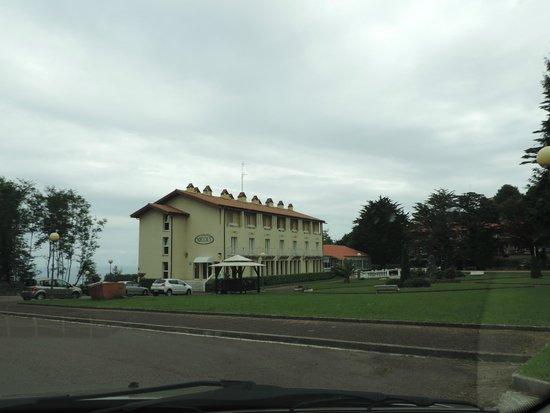Hotel Nicol's: llegando al hotel