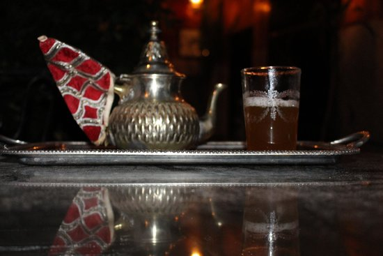 Dar Moulay Ali : Mint tea