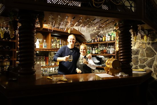 Hotel General: Wine Bar