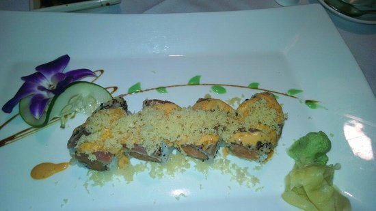 Empire Asian Bistro: Crazy Roll