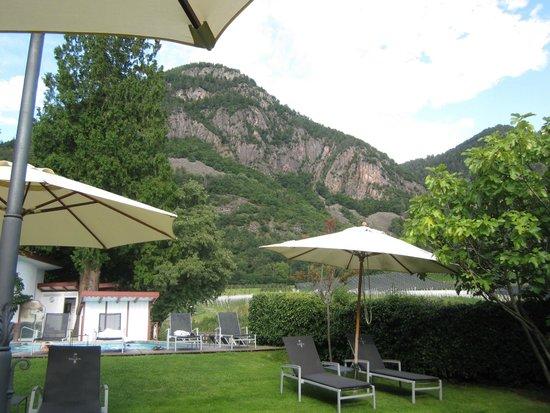 Relais & Châteaux Hotel Castel Fragsburg : pool area
