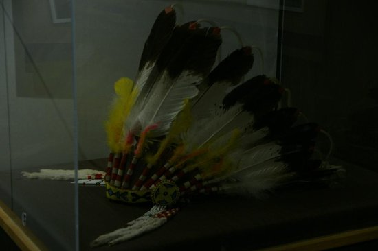 Diefenbaker Canada Centre: Headdress presented to Diefenbaker