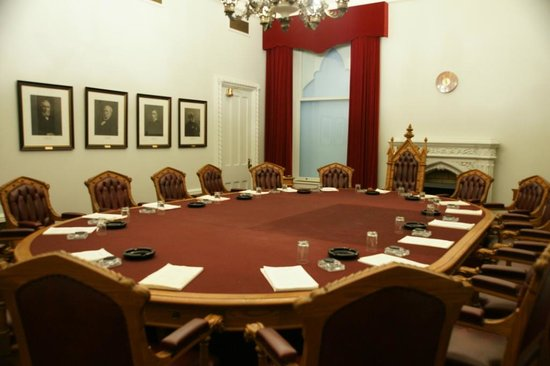 Diefenbaker Canada Centre: Privy Council Chamber