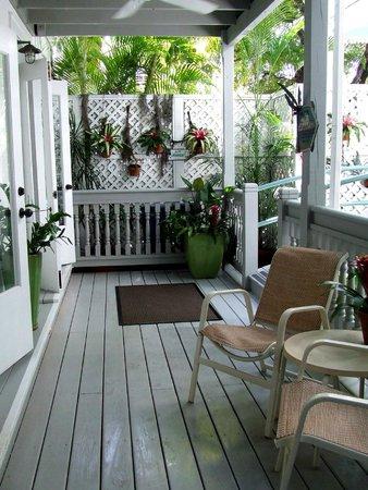 Eden House: quaint island feel