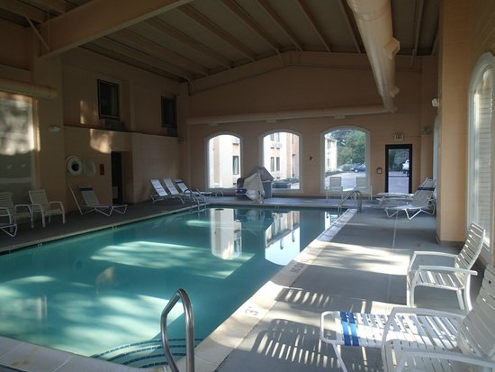 Best Western Plus Poconos Hotel Pool Pic 01