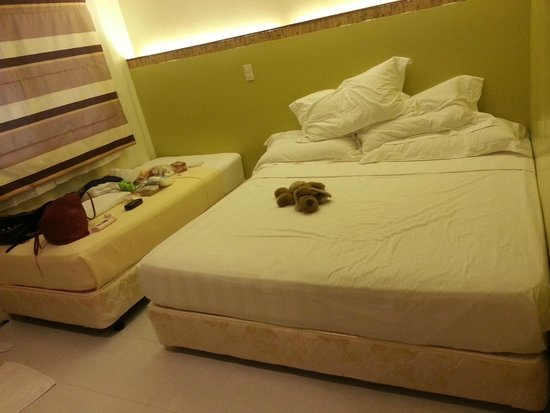 Anika Island Resort: the bed!
