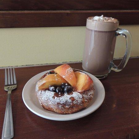 The Modern Bakeshop & Cafe : Peach/Blueberry danish w/hot chocolate