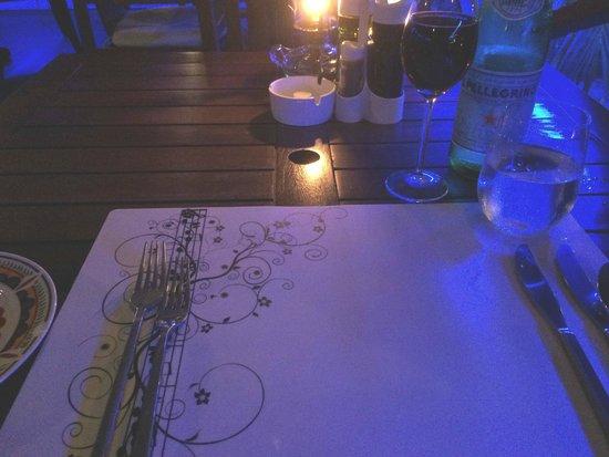 La Bussola Restaurant: They Set a Nice Table