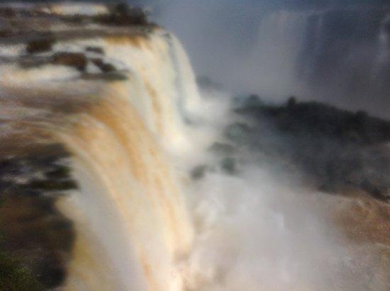 Iguazu Falls: uniche al mondo