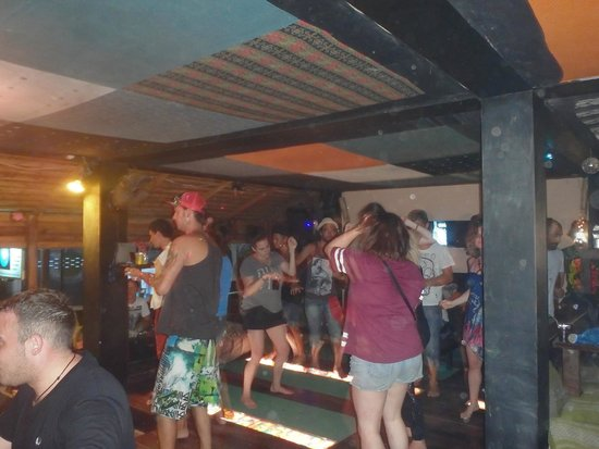 Fubar Guesthouse: Monday Sessions!
