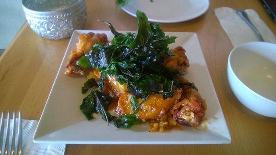 Foto de opal thai haleiwa spicy glazed garlic chicken wings opal thai spicy glazed garlic chicken wings forumfinder Choice Image