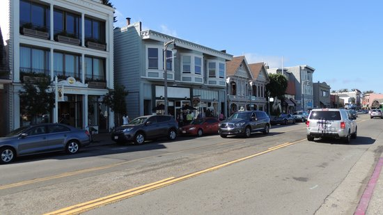 Sausalito Floating Homes Tour: Downtown