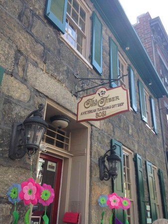 Tea On The Tiber in Historic Ellicott City