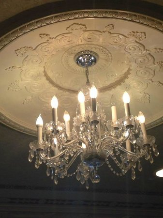 Tea On The Tiber: Gorgeous chandelier on the parlor room ceiling.