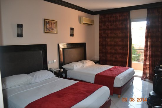 Imperial Holiday Hotel: La chambre