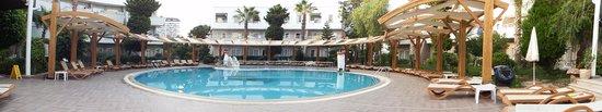 Club Mermaid Village: hotel pics