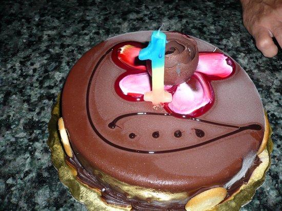Contessa Hotel: my bithday cake,nice surpise from staff