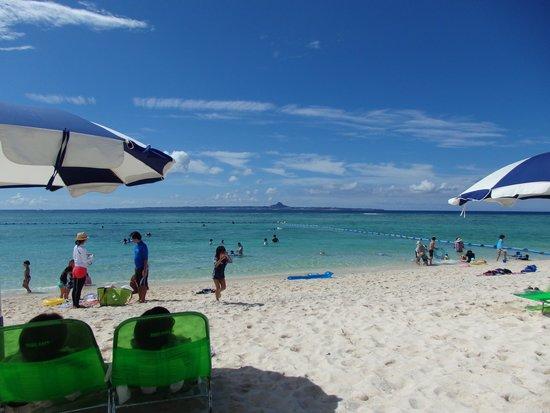 Sesoko Beach: 海水浴