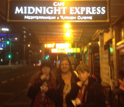 Cafe Midnight Express: A very satisfied family