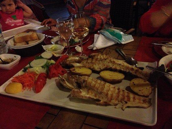 Side Orfoz Restaurant: 1,3 kg Lagos - grilled