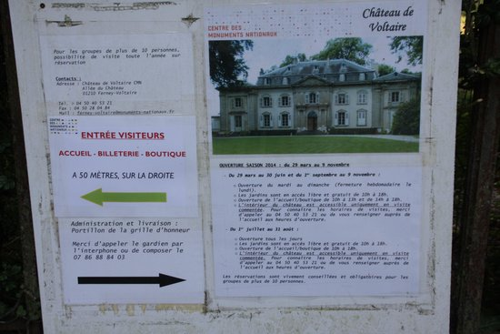 Chateau de Voltaire : The sign next to the gate