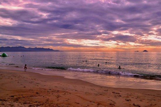 MerPerle SeaSun Hotel: пляж