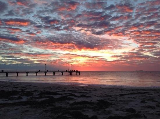 Jurien Bay Tourist Park: sun set at jurien bay a beatiful spot