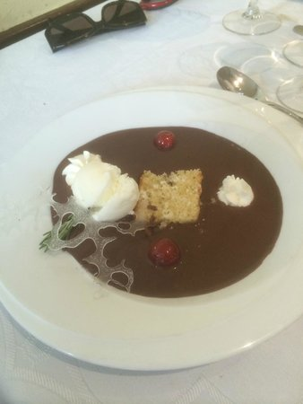 Flor Restaurante: soupe de chocolat glace coco