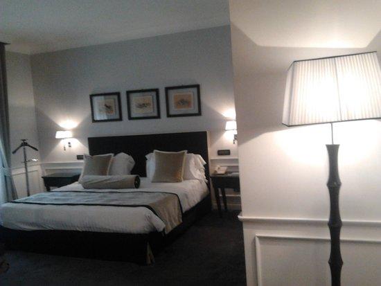 Grand Hotel Oriente: Altra prospettiva della camera