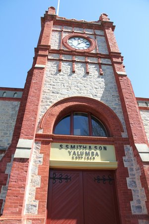Yalumba: Clock tower