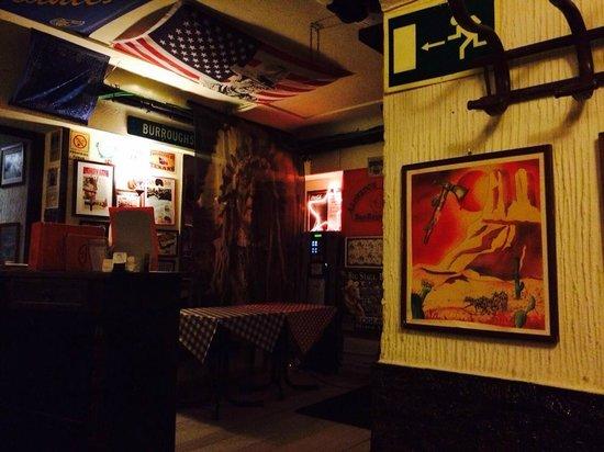 Alfredo's Barbacoa: Interior del local