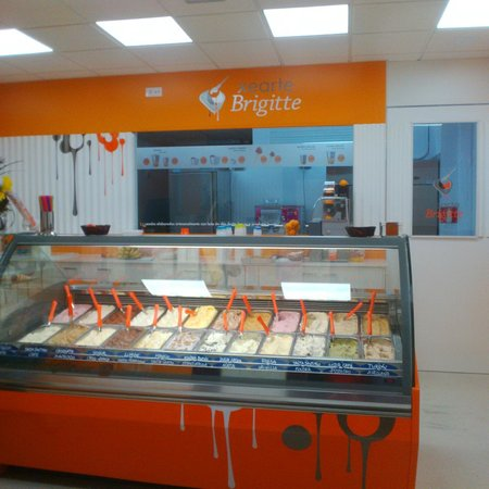 Restaurante helader a xearte brigitte en santiago de - Cocinas en santiago de compostela ...
