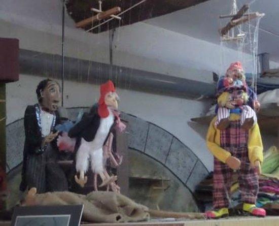 Le Relais des Marionnettes: Marionnettes artisanales création des propriétaires